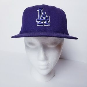 LA Dodgers Fitted Cap Hat Baseball New Era Purple